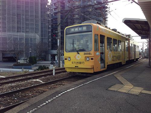 【本・映画】路面電車に恋して旅して:実家の近くの電車も乗ってる、いや、載ってる!