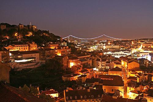 【本・映画】リスボンに誘われて:革命か平穏か、あなたはどちらを選ぶ?