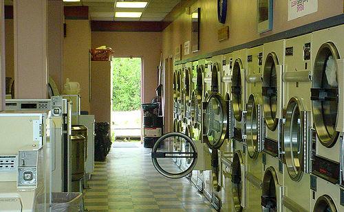 待ってました! フルオートの「洗濯物たたみ」マシーンがついに登場 | roomie(ルーミー)