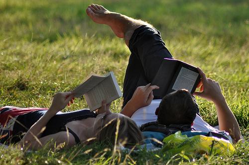 【Kindle】マック版Kindleキタ〜:姿勢をよくして本を読もう!