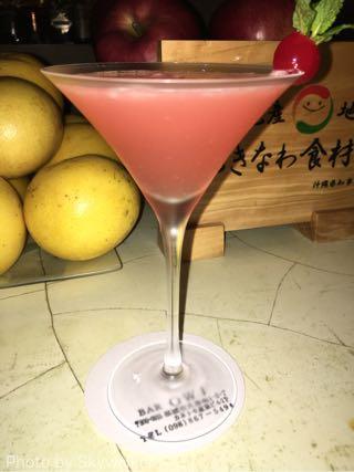【食べ物・お店】沖縄食材のお店??:でも、バーです。Owl