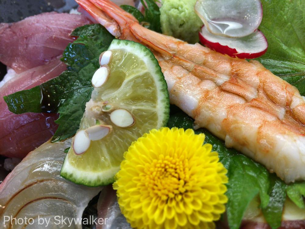 【食べ物・お店】徳島駅前 びざんの海鮮丼:駅の真向かいで近くて安くておいしいよ