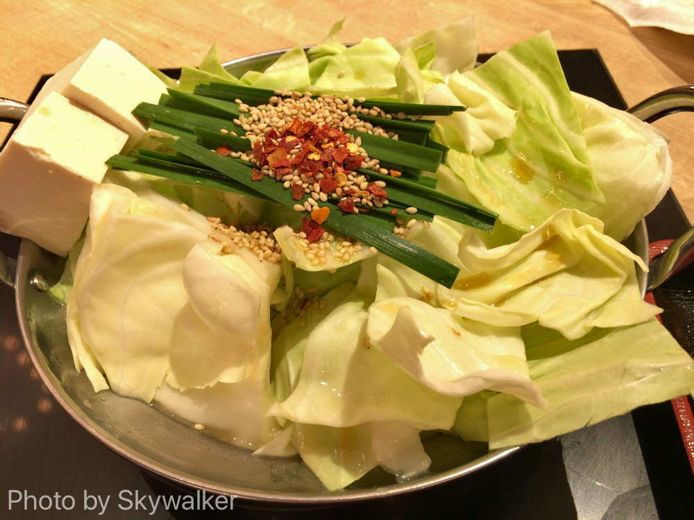 【食べ物・お店】飛行機の前にもつ鍋を:福岡空港おおやまのもつ鍋!