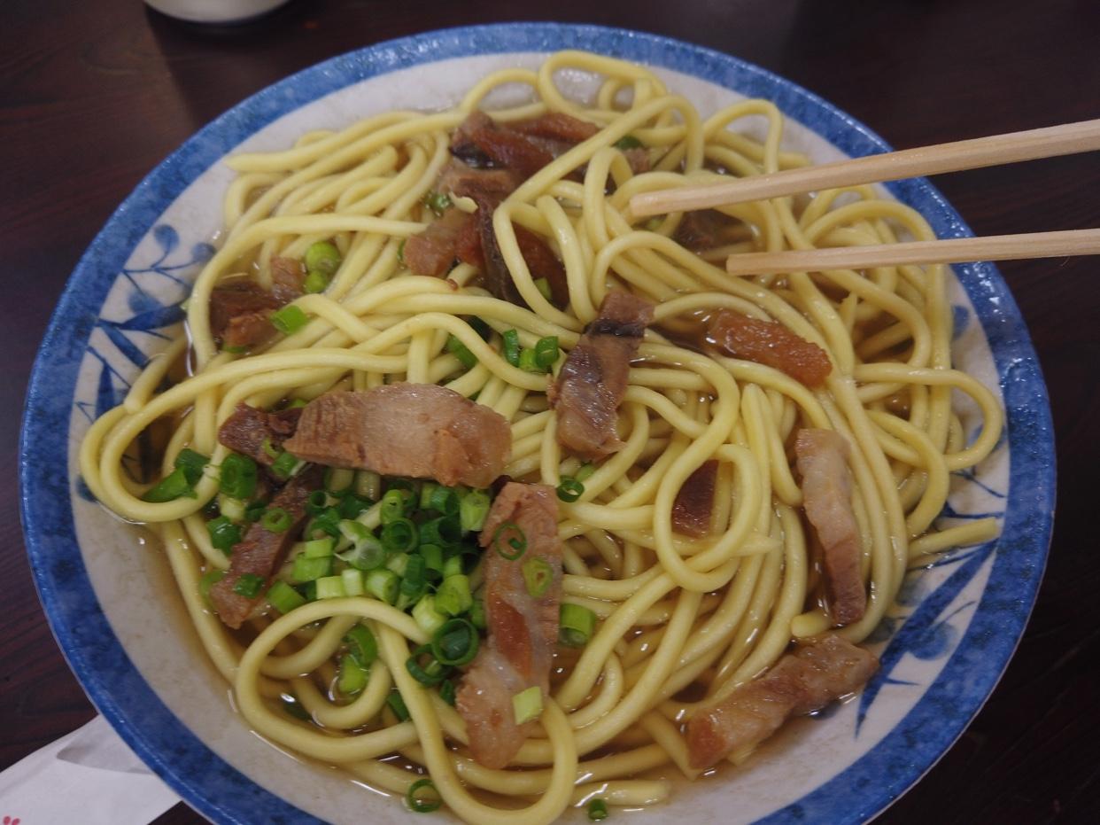 【食べ物・お店】石垣島のなかよし食堂:昭和の食堂!八重山そばがオススメです!