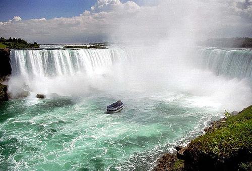 【海外】カナダと言えばナイアガラの滝!:様々な写真!!!