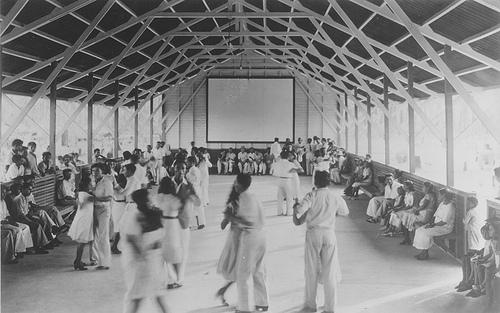 【本】佐藤正午のダンスホール:やっぱりか・・・