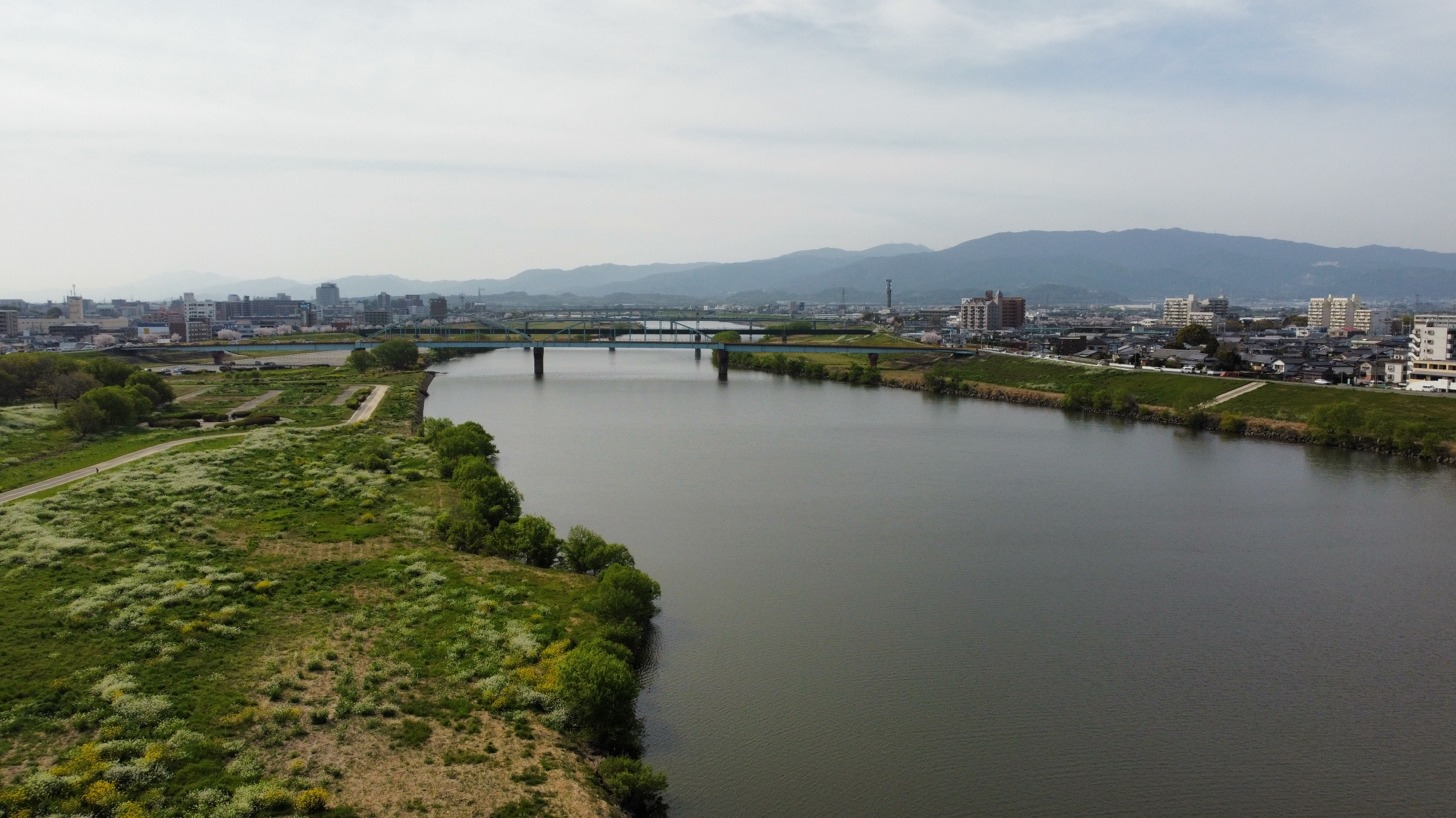 【vlog】筑後川の春:筑後川をドローンで撮影してきました