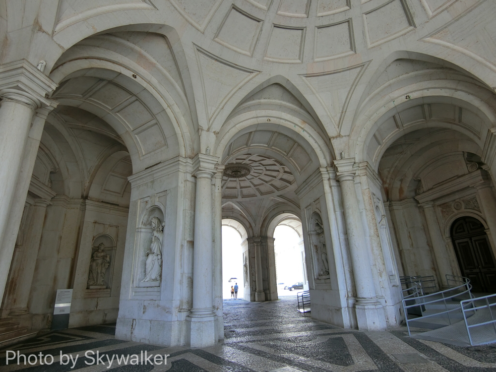 【海外】3度目のリスボンなのだ。:ジェロニモス修道院でハモン!